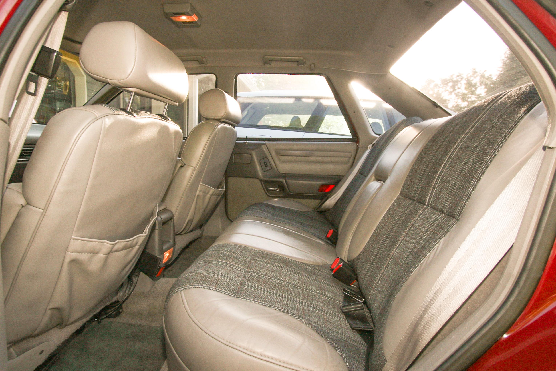 1989 Ford Taurus Sho Mtx  Interior Photos